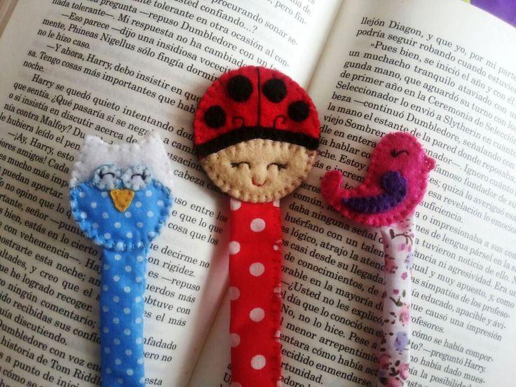 Bookmark en paño lenci
