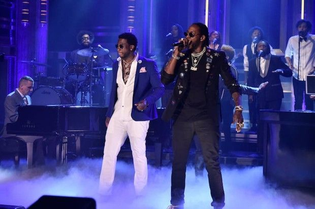 "2 Chainz & Gucci Mane Perform ""Good Drank"" On Jimmy Fallon  With help from Mike Dean & Fonzworth Bentley, watch 2 Chainz & Gucci Mane perform their collab ""Good Drank"" on Jimmy Fallon Monday night. http://www.hotnewhiphop.com/2-chainz-and-gucci-mane-perform-good-drank-on-jimmy-fallon-news.29461.html  http://feedproxy.google.com/~r/realhotnewhiphop/~3/HwXlyPPF9tI/2-chainz-and-gucci-mane-perform-good-drank-on-jimmy-fallon-news.29461.html"