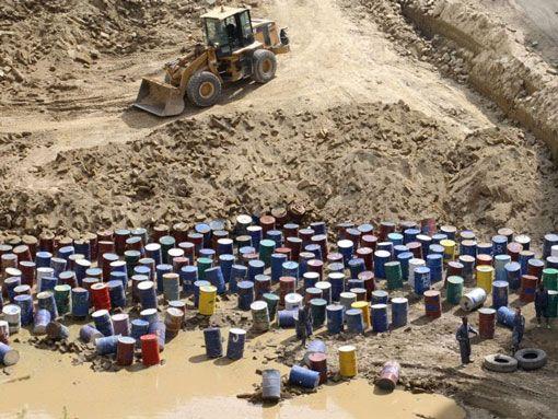 Reati ambientali, il governo prepara il colpo di spugna - micromega-online - micromega
