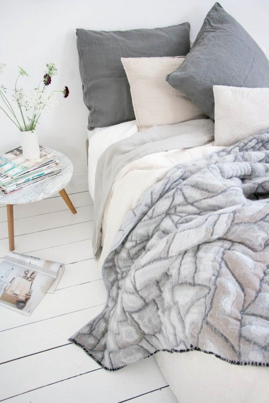 Textiles by Nienke Hoogvliet // Stonewashed linen by Couleur Locale // Styling & Photography by Holly Marder/Avenue Lifestyle