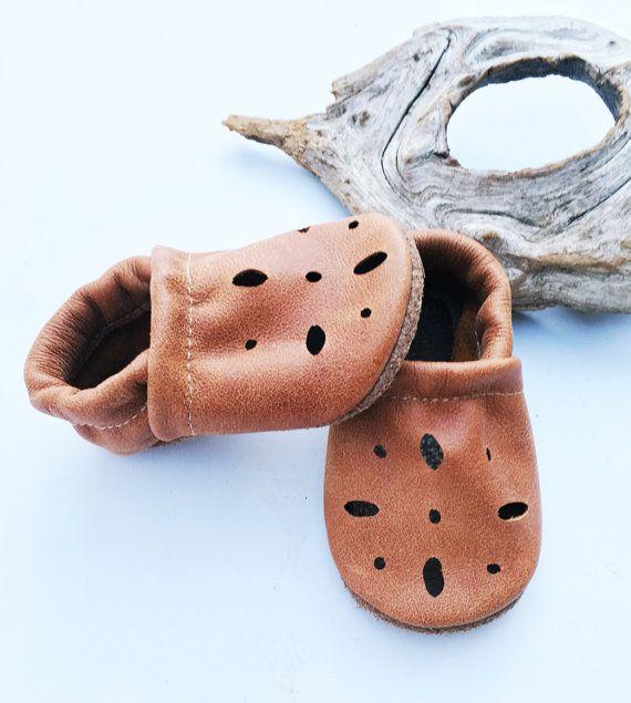 Stam bruine sandalen zachte zolen lederen door starryknightdesign