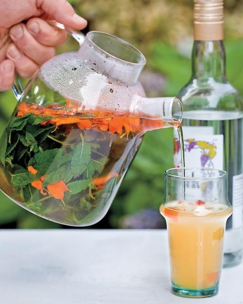 Alcoholic Green Tea Drinks