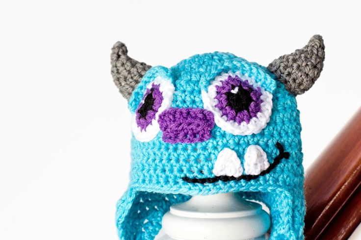 Monsters Inc. Sulley inspiró el modelo del sombrero del bebé del ganchillo a través Hopeful Miel