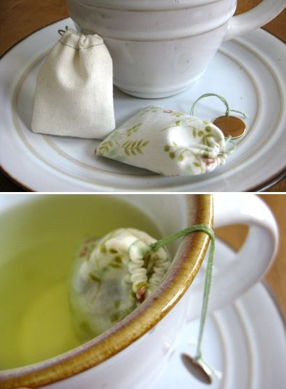 DIY: Reusable tea bags. Love the idea! Also a good gift idea for fellow tea drinkers.