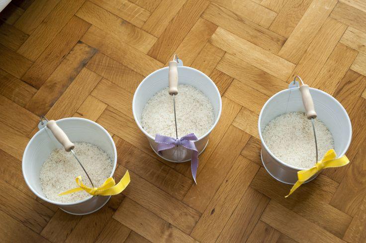 buckets, rice