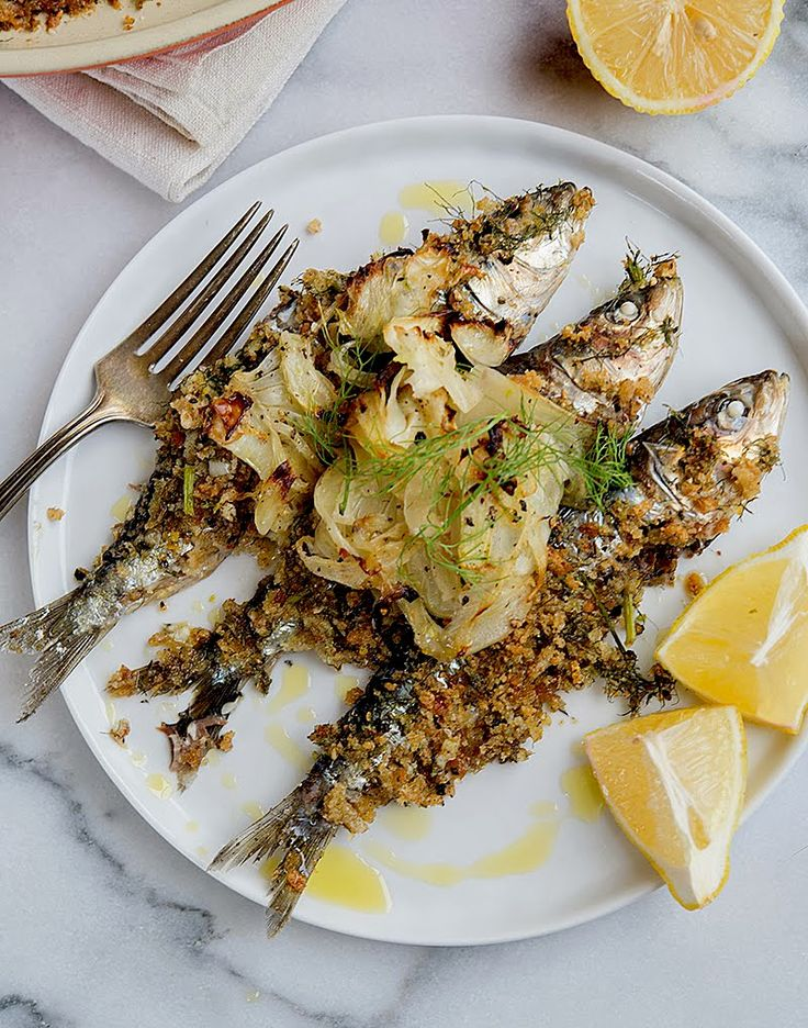Baked Sardines with Fennel and Breadcrumbs