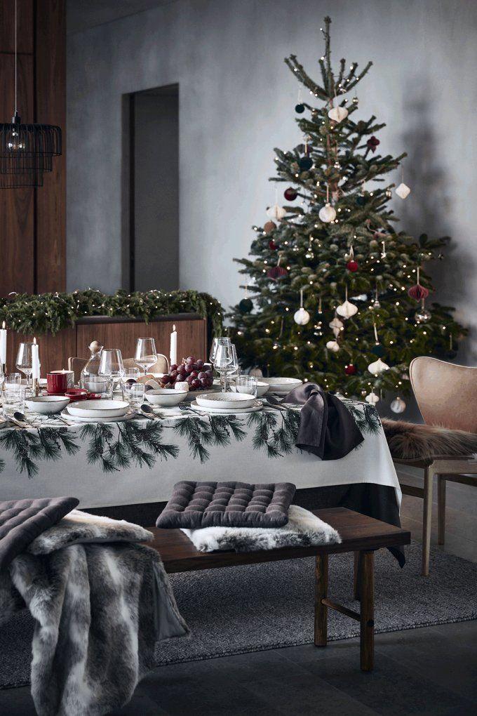 Quel Sapin De Noel Choisir Nappe De Noel Deco Noel Et Table