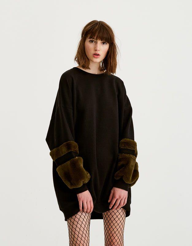 Vestido sudadera pelo en mangas - Vestidos - Ropa - Mujer - PULL&BEAR España