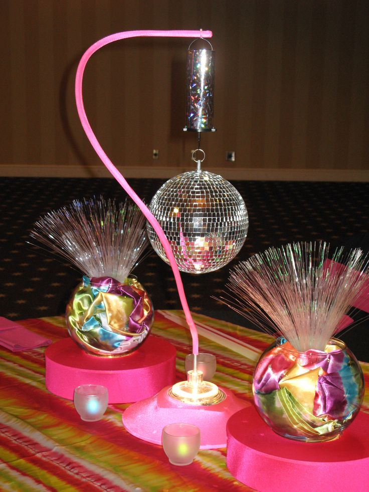 24 best images about fiesta 80 39 s on pinterest 70s party for 80 s table decoration ideas