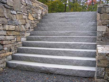 Woodbury Gray Split Face Embankment Steps