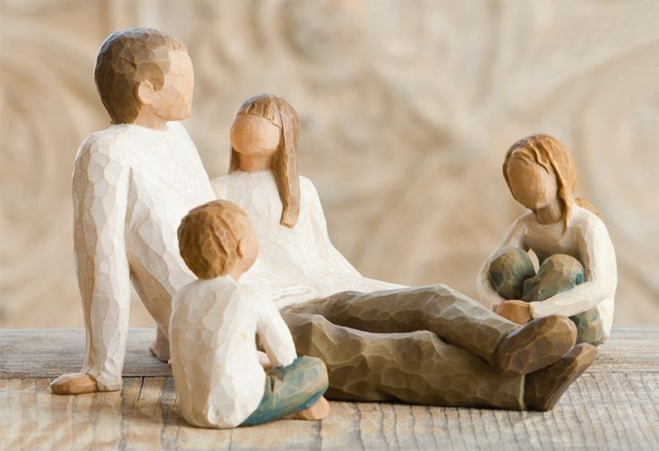 Willow Tree®  Father and Daughter with Children Family Gathering direct from the AngelTreeStore.com