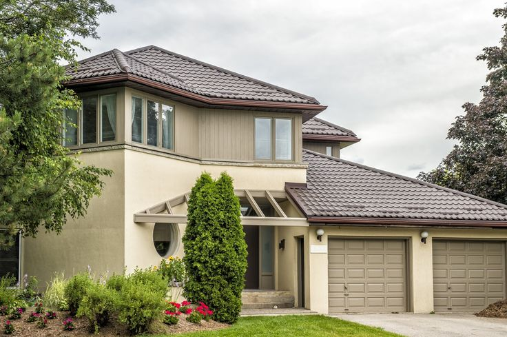 Troy Roofing Pros in Troy, MI. Best roofing company in Troy, MI.