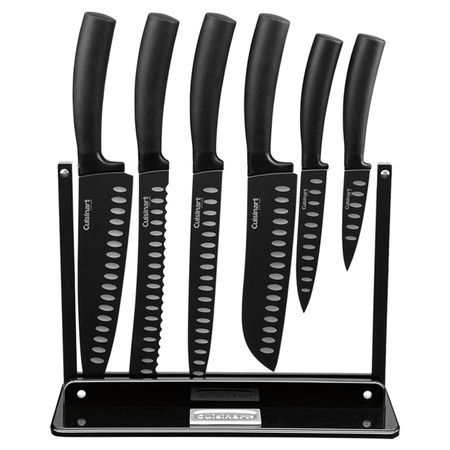 Whip up family favorites and classic weeknight meals with this stylish knife block set, an essential addition to your busy kitchen.
