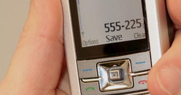 Cómo desbloquear teléfonos Sprint CDMA . Un teléfono celular bloqueado evita que las teclas sean presionadas de forma accidental, lo cual puede realizar llamadas. Esto también impide que alguien que no conoce el código de bloqueo pueda realizar llamadas o acceder a la información del teléfono celular en caso de pérdida o robo. Si conoces el código de bloqueo, desbloquear tu teléfono ...
