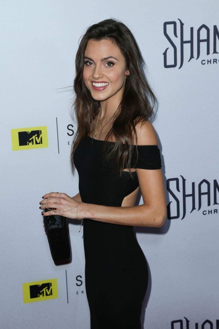 Poppy Drayton at Premier of the shannara chronicles (x-post r/PoppyDrayton)