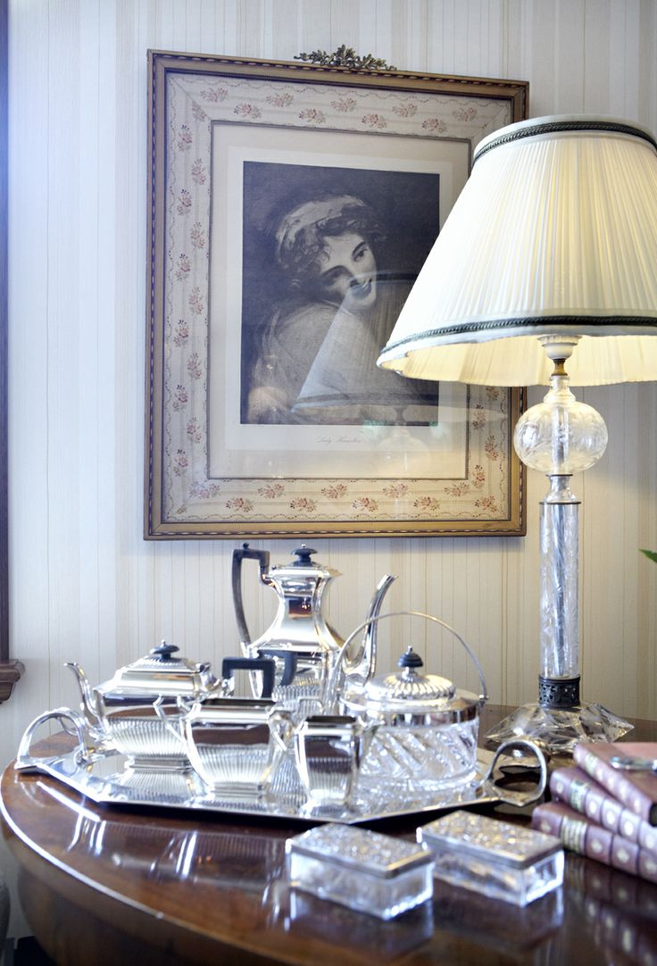 private house / living room detail  /  Voula  Greece  /  interior designer Sissy Raptopoupou