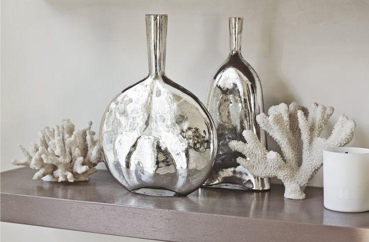Wide Mirror Vase