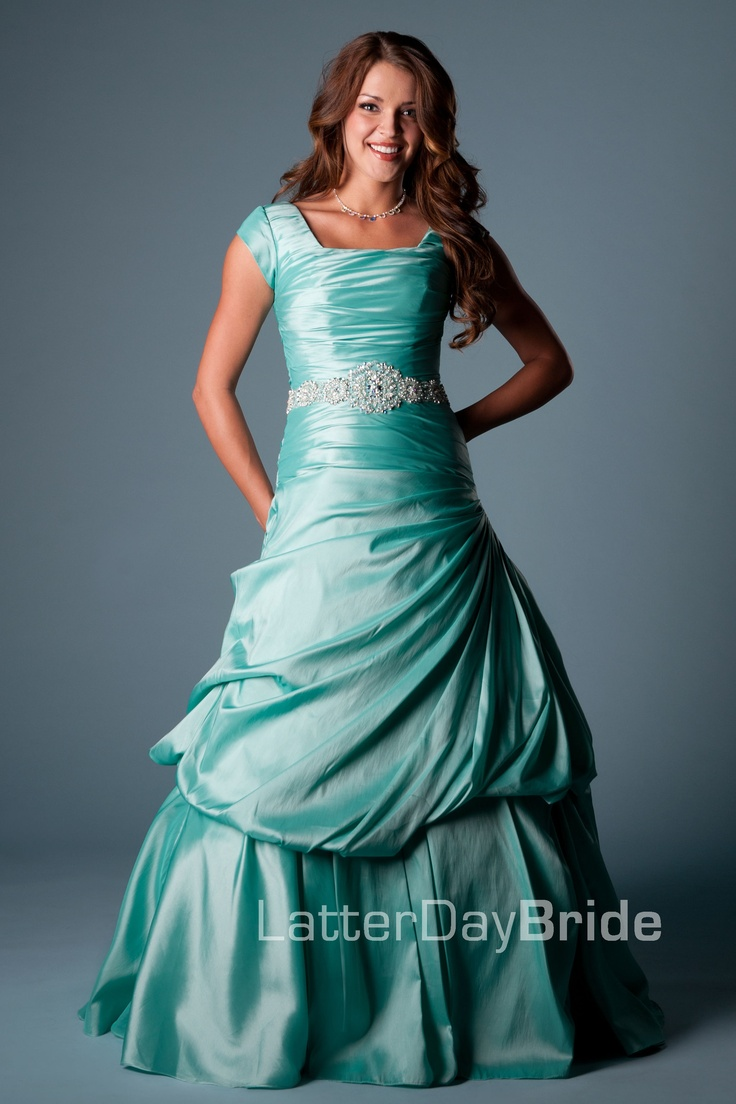 107 best Formal gowns:) images on Pinterest | Long prom dresses ...