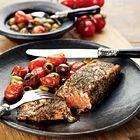 Zalm met warme olijven en tomaatjes - recept pascale naessens
