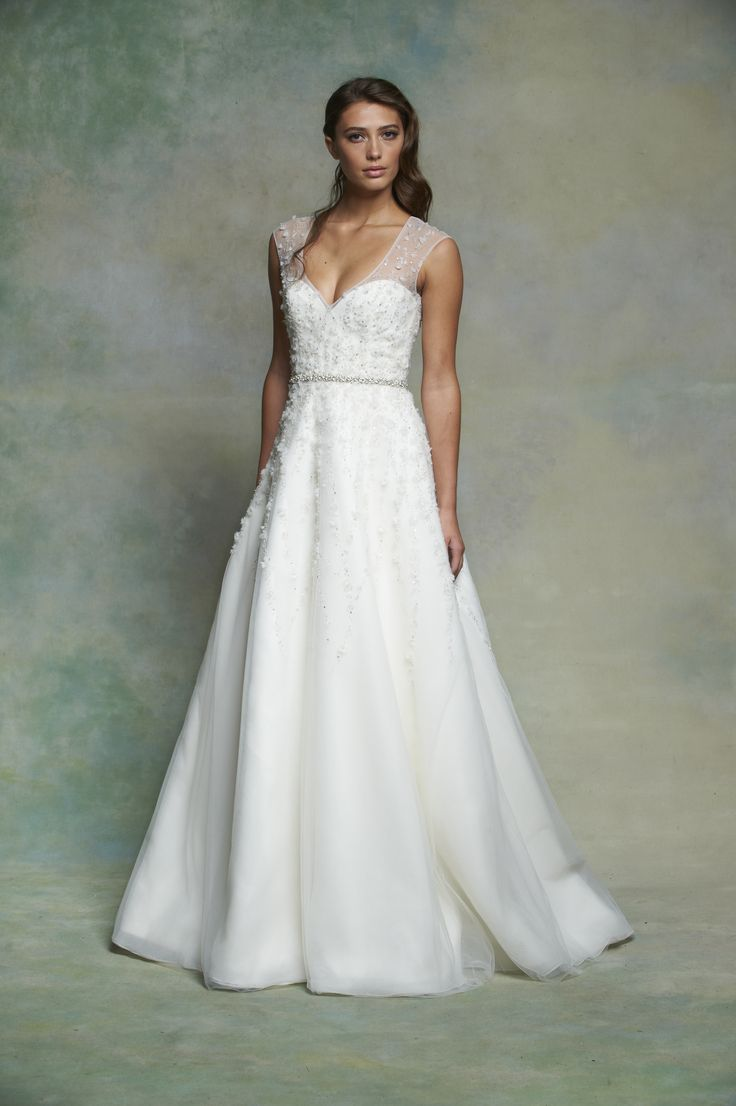 Low Back Flowy Wedding Dress : Dresses bridal wedding gowns dressses flowy skirt
