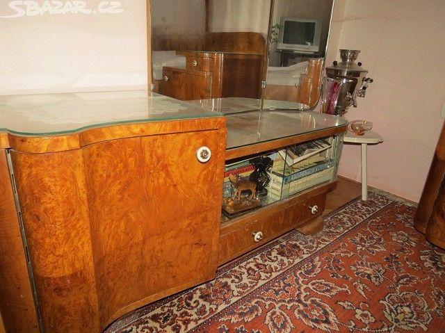 Starožitný nábytek, ložnice - LEVNĚ - obrázek číslo 11