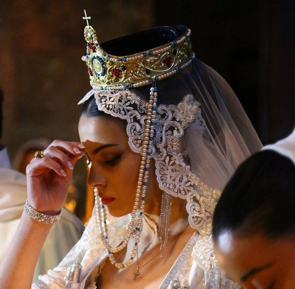 Jeweled Tiara / Armenian Wedding#MuslimWedding, www.PerfectMuslimWedding.com