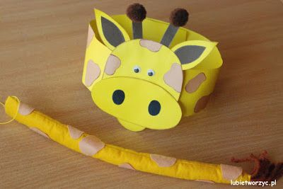 Przebranie żyrafy - papierowa opaska na głowę i filcowy ogon (całość w wersji DIY)
