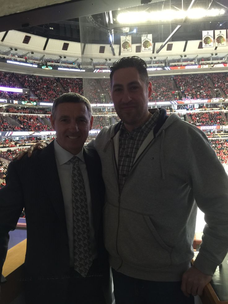 Met NHL Hall of Famer and former Blackhawks player/coach Denis Savard at the Hawks game tonight!