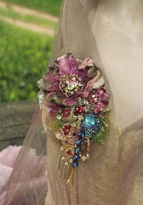 Mauve flower brooch embroidered and beaded brooch by FleursBoheme