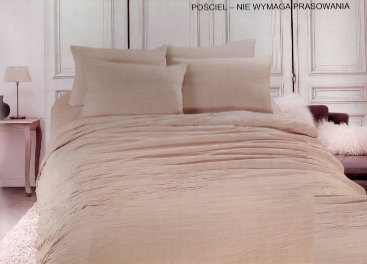 Pościel z mikrowłókna w kolorze beżowym na łóżko