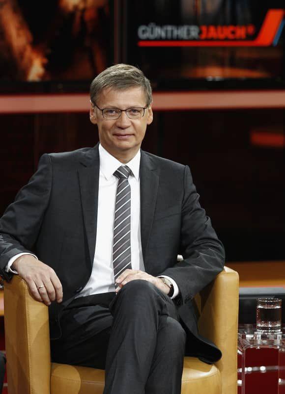 Pin On Deutsche Moderatoren