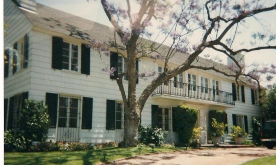 Former home of movie star Lana Turner, where her mob affiliated boyfriend Johnny Stompanato was murdered....by her daughter, supposedly