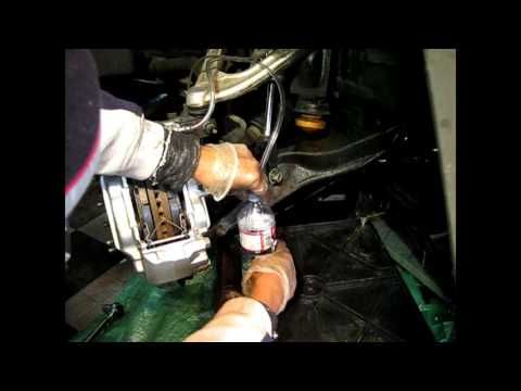 How to Change Brake Fluid Hummer H3, Chevrolet Colorado and GMC Canyon