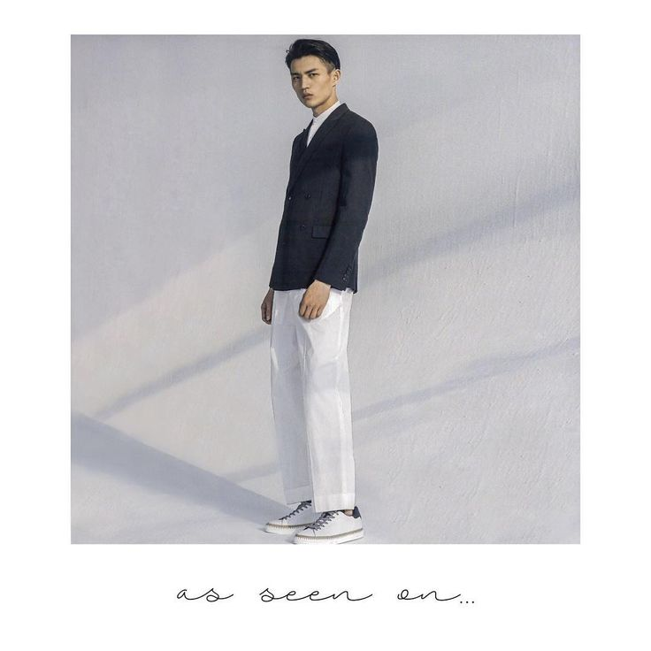 The #HOGAN #R260 #sneakers in white as featured in @ellemen_china   Join the #HoganClub #lifestyle and share with us your @hoganbrand pictures on Instagram