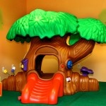 Toddler Town Kid Junction offers a fully, self-contained soft play area designed for the bravest crawlers up to the age of 3.