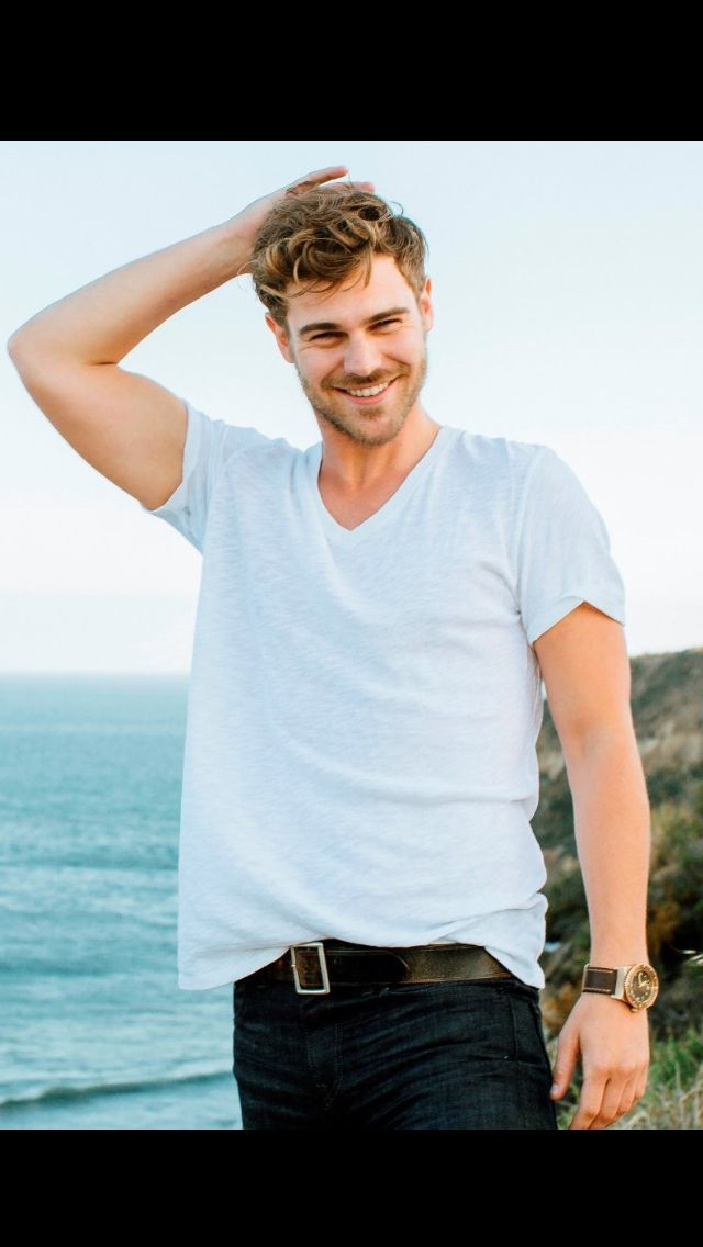 Grey Damon * Aquarius. New obsession....he is just way too cute