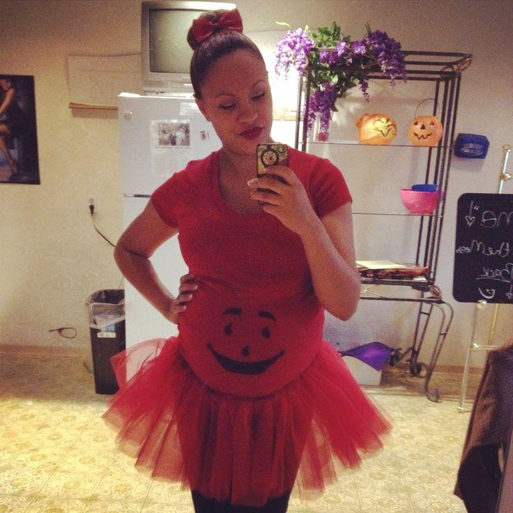 DIY maternity Halloween costume