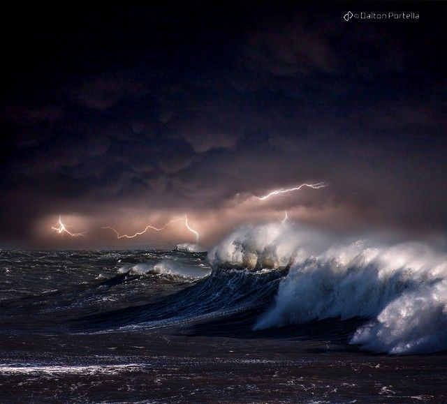 Unique Storm Photography Ideas On Pinterest Lightning - Beautiful photographs of storm clouds look like rolling ocean waves