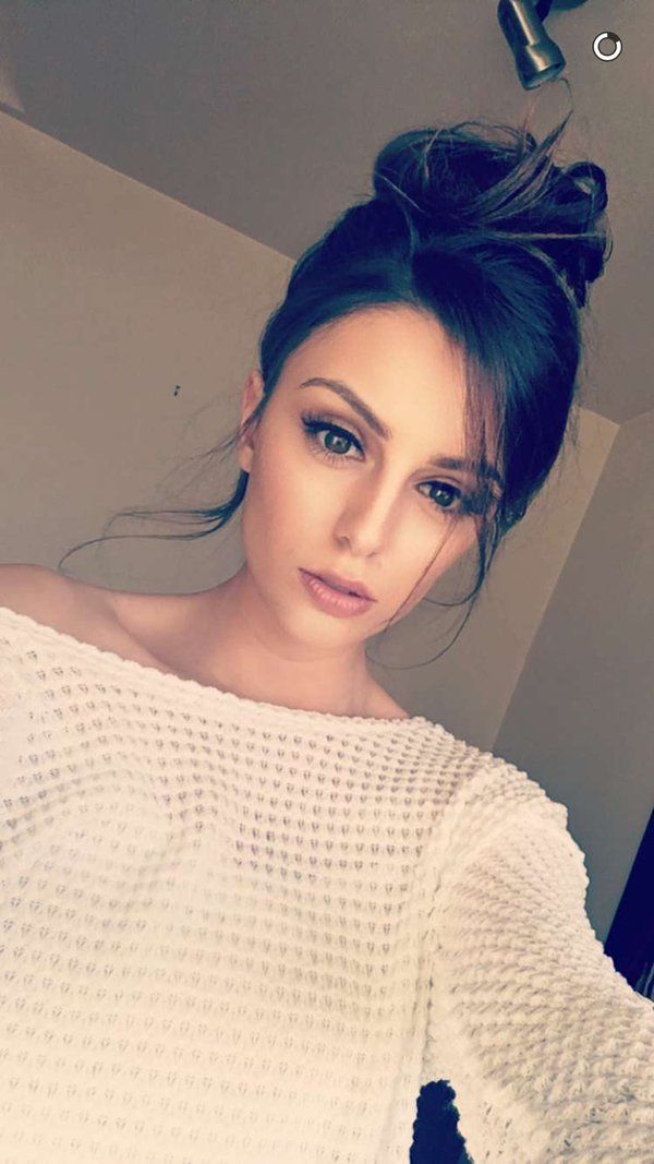 Cher Lloyd                                                       …