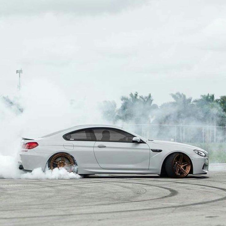 BMW F13 M6 White Drift