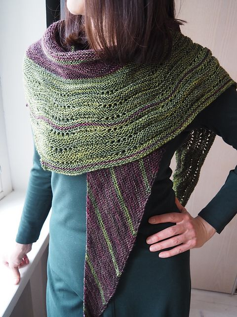 The Girl from the Grocery Store by Joji Locatelli, knitted by kaesmae | malabrigo Sock in Ivy and Rayon Vert
