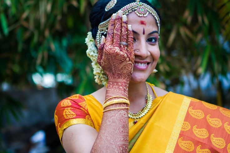 💖So delicate mehndi! Photo by Deepa Netto, Mumbai #weddingnet #wedding #india #indian #indianwedding #weddingdresses #mehendi #ceremony #realwedding #lehenga #lehengacholi #choli #lehengawedding #lehengasaree #saree #bridalsaree #weddingsaree #photoshoot #photoset #photographer #photography #inspiration  #organisation #details #sweet #cute #gorgeous #fabulous #henna #mehndi