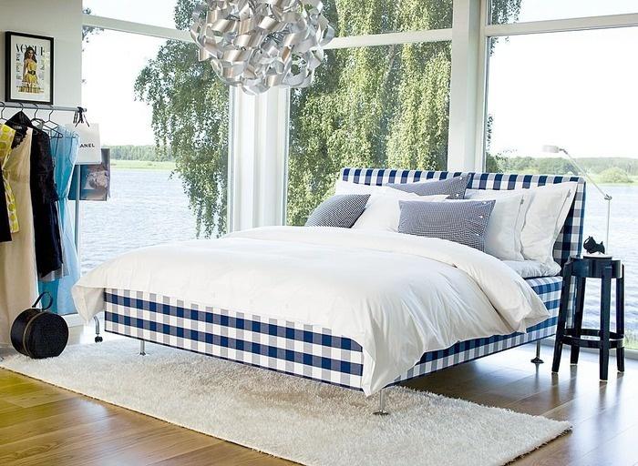 Hastens bed.  The ultimate in scandinavian luxury.