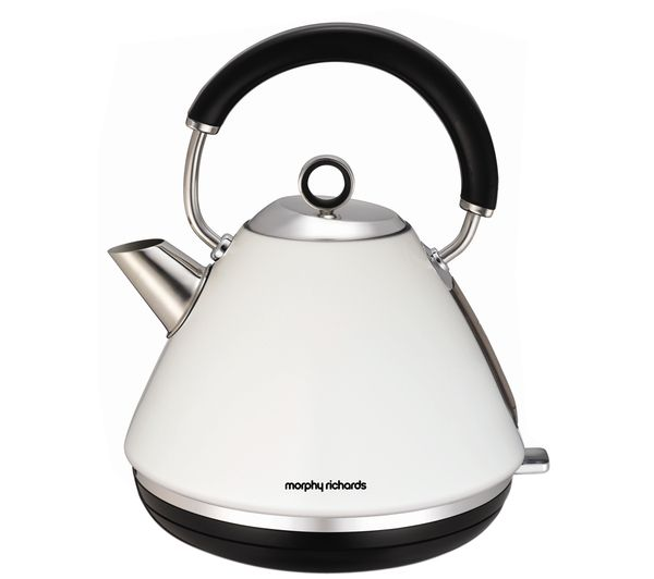Accents 102005 Traditional Kettle - White