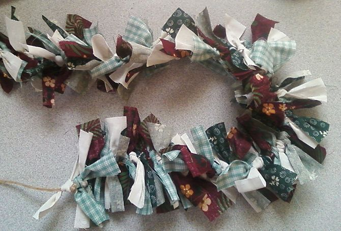 How to Make a Garland With Scrap Fabrics: 9 Steps (with Pictures)