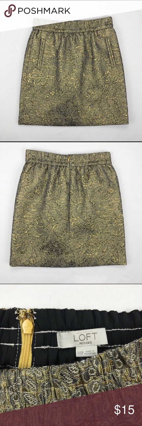 Loft gold skirt Beautiful Loft textured skirt in gold. Size XXS. Excellent condition.   W- 24-25 inches L- 17 inches LOFT Skirts