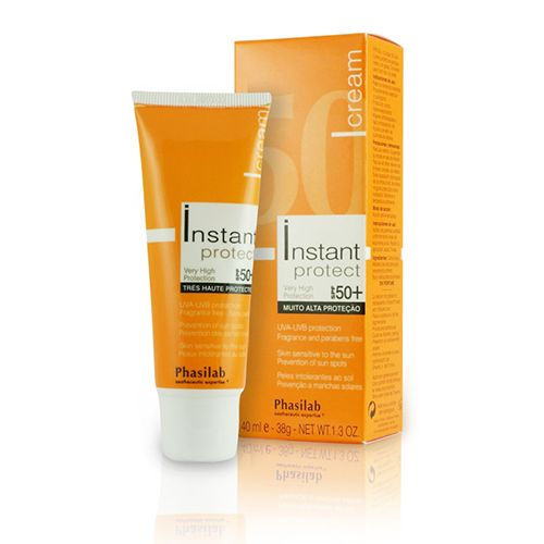 £18.95 (RRP £21) Phasilab Instant Protect Cream SPF 50 provides reliable UV and anti-aging protection. This breakthrough formula is currently taking the market by storm and works miracles as it prevents signs of aging skin from sun damage. Ideal for all skin types including highly sensitive.