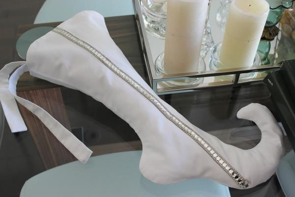 White Whiskey - Couture Christmas Stocking. A STRIKING BEAUTY. TIMELESS ELEGANCE IN A LUXURIOUS WHITE SUEDE-FEEL FABRIC AND CRYSTAL RHINESTONE TRIM. PAIRS BEAUTIFULLY WITH OUR GIA & BIANCA STOCKINGS. https://cocomeli.com/collections/bianca https://cocomeli.com/collections/gia