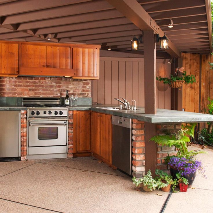 Garage Door Landscaping Ideas: Backyard Landscaping Ideas For A Grill Master