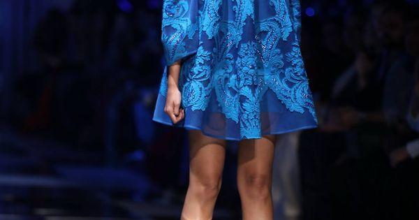https://www.pinterest.com/r/pin/284008320235484802/4766733815989148850/ee7e446af7f8dbdd4c45f5d0ea5c621c72e9b6a4b65b12f4ed403e7b5f12687d    #indian #fashion #show
